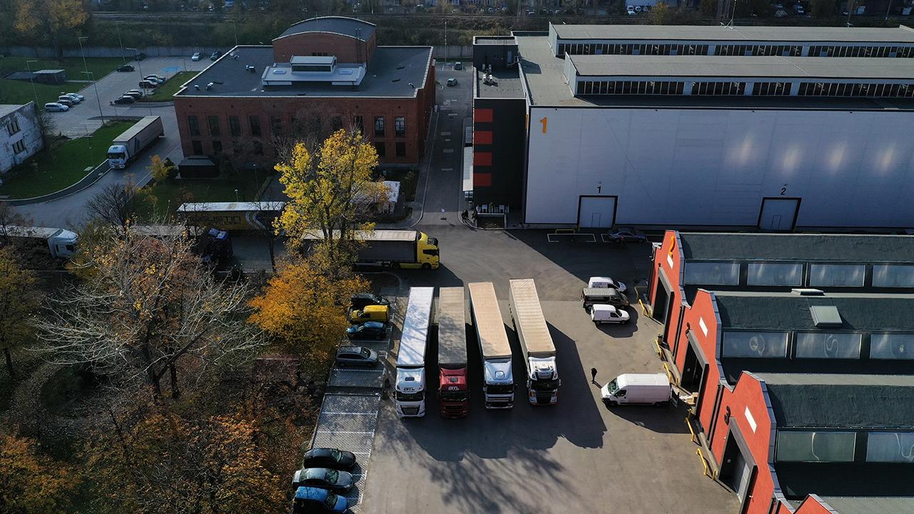 Nuevo centro de oficina y logística